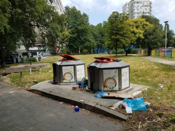 Хорор на Новом Београду: Ђубре затрпало вртић! (фото) 5